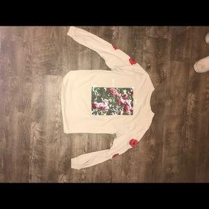 Stylish long sleeve shirt